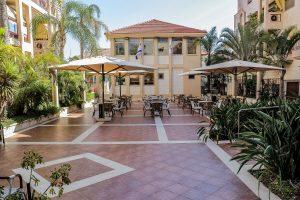 פינות ישיבה ועמדות קפה - אחוזת נווה חוף, דיור מוגן איכותי