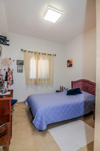 חדר שינה - דירת נרקיס1 באחוזת נווה חוף, דיור מוגן יוקרתי